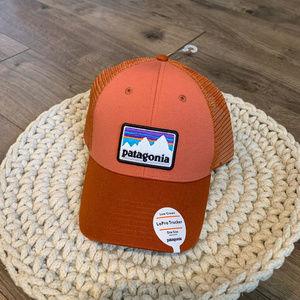 NEW Patagonia LoPro Trucker Hat Quartz Coral